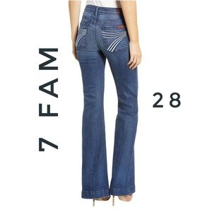 7 for all mankind dojo Flare trouser style Jeans